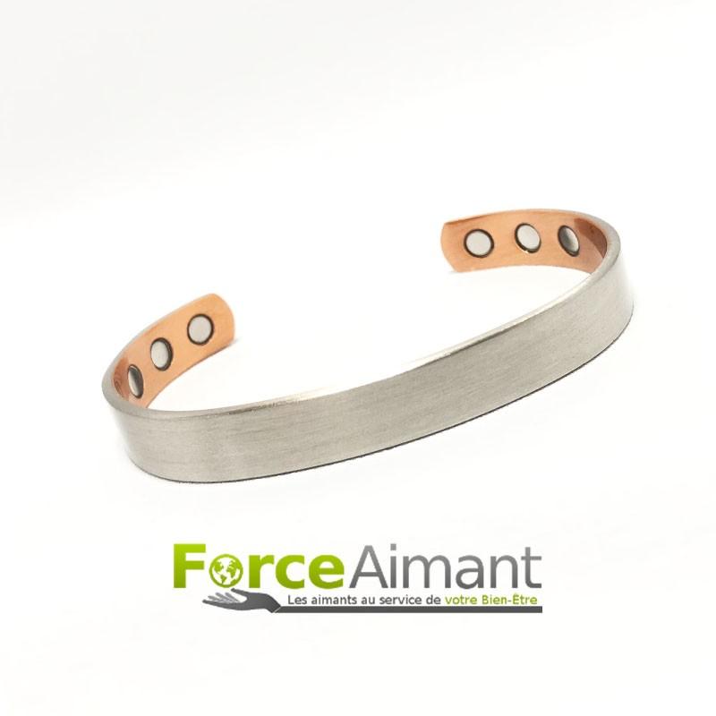 bracelet 100 magn tique le porter au poignet lorsque. Black Bedroom Furniture Sets. Home Design Ideas